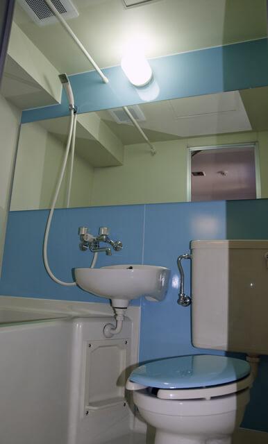 3点ユニットバスを浴室塗装でカラーコーティングした写真