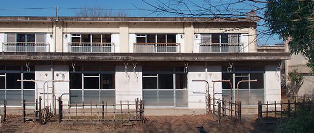 古いUR賃貸の店舗付き住宅